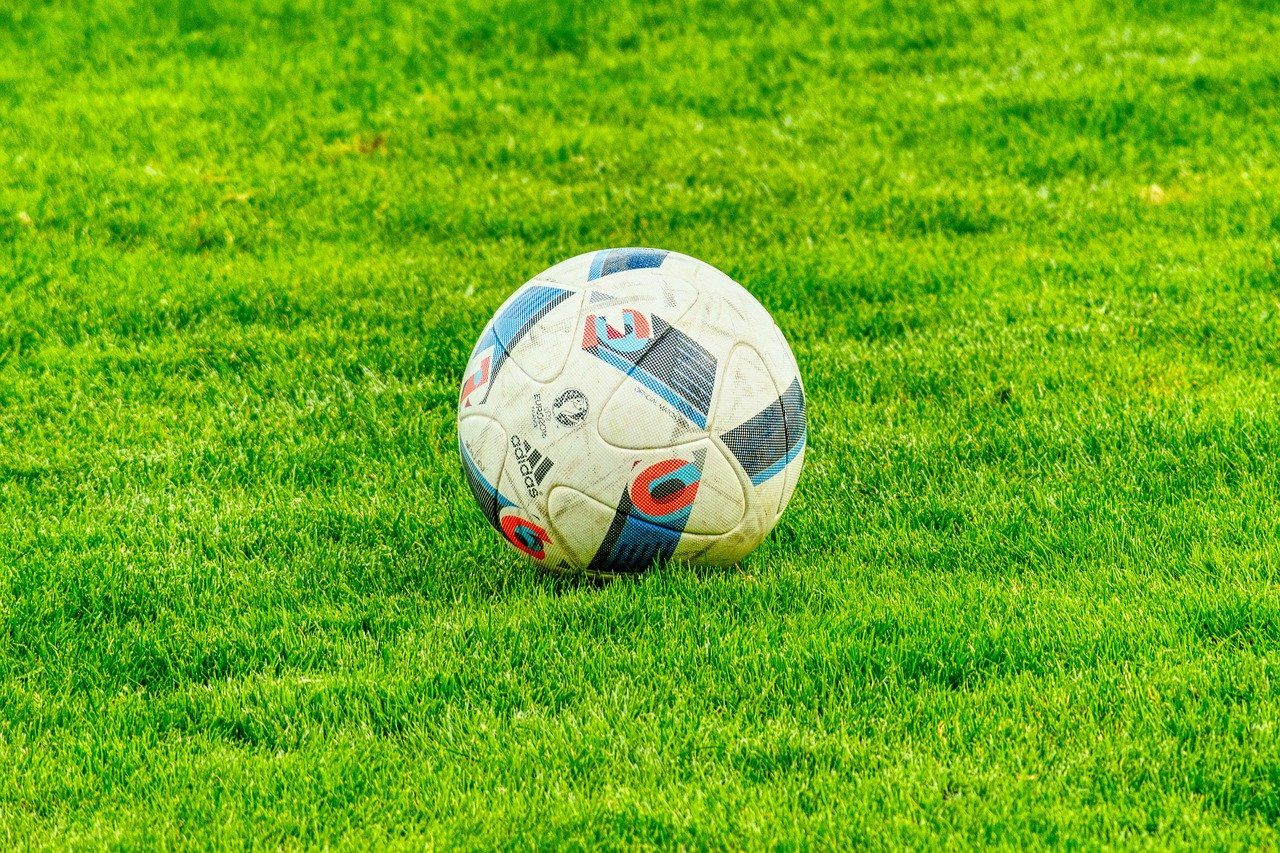 football-2778583_1280
